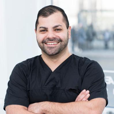 دندانپزشک ساسان تهرانی